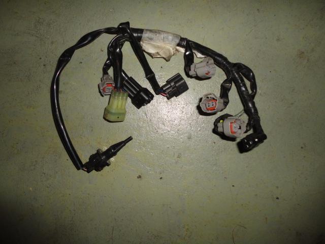 /yamaha/YZF_R6_2003_2004/Электрика: проводка форсунок инжектора 5SL-82386-00-00.