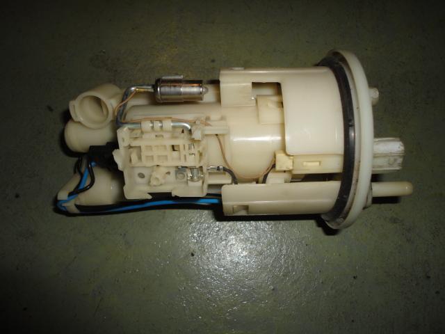 /yamaha/YZF_R1_2004_2005_2006/Электрика: бензонасос 5PW-13907-01-00 (5PW-13907-02-00).