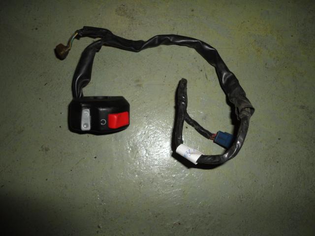 /yamaha/YZF_R1_2004_2005_2006/Электрика: пульт руля правый 5PW-83975-00-00.