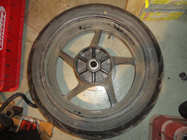 /yamaha/YZF_R1_2004_2005_2006/Диск колесный задний с резиной 5VY-25338-00-98.