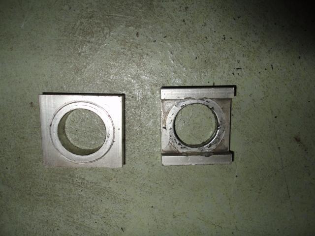 /yamaha/YZF_R1_1998_2001/Натяжитель приводной цепи 4XV-25388-00-00 правый (плоский) / 4XV-25389-00-00 левый (с бортами).