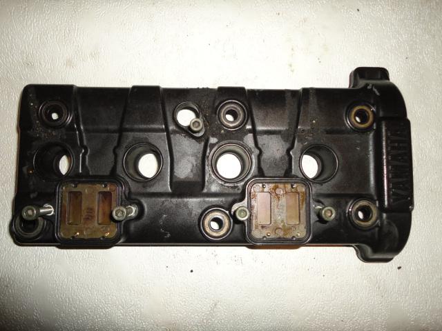 /yamaha/YZF_R6_2003_2004/Двигатель: крышка ГБЦ (головки блока цилиндров) 5SL-11191-00-00.