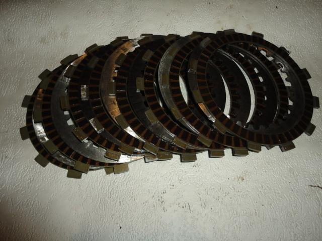 /yamaha/YZF_R6_2003_2004/Двигатель: диски сцепления 168-16324-00-00 х 1, 4FN-16321-00-00 x 6, 3J2-16324-00-00 x 7, 5SL-16321-00-00 x 2.