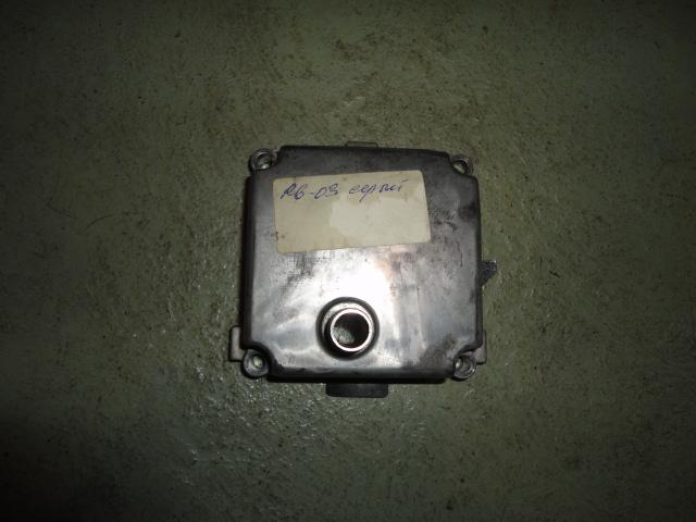 /yamaha/YZF_R6_2003_2004/Двигатель: крышка двигателя верхняя 5SL-15413-00-00 (5VX-15413-01-00).