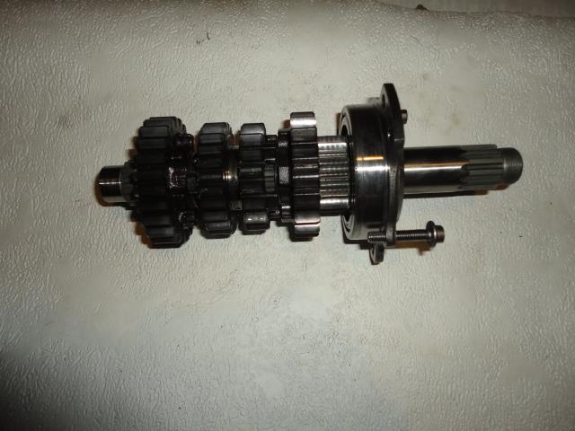 /yamaha/YZF_R6_2003_2004/Двигатель: вал первичный КПП 5SL-17411-00-00 в сборе с подшипниками и шестернями.