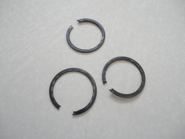 /yamaha/YZF_R1_1998_2001/Двигатель: КПП стопорное кольцо вторичного вала 93440-32063-00.