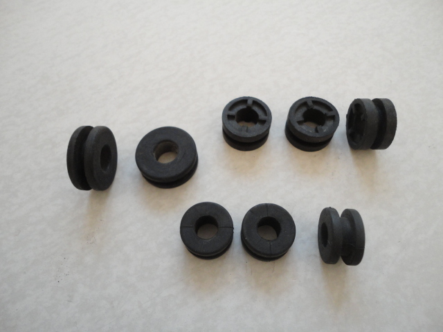 /yamaha/YZF_R1_2004_2005_2006/Уплотнители для пластика.