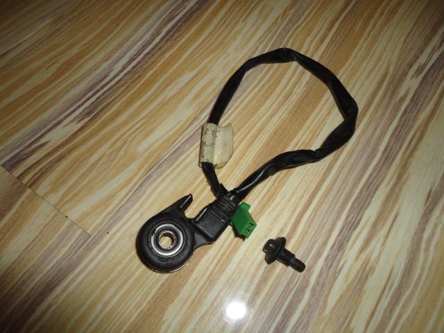 /honda/CBR_600_rr_2005_2006/Электрика: датчик стоянки 35720-MEE-305.
