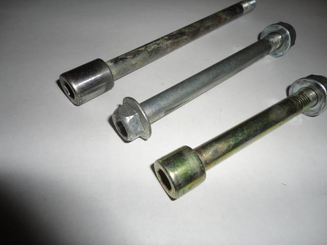 /honda/HONDACBR1000RR2004-2005/Крепеж: болты 10х135, 10х112, 10х80.