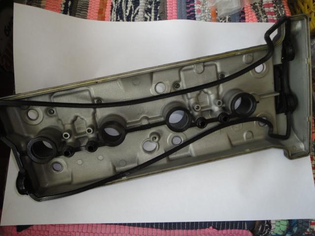 /yamaha/YZF_R1_2004_2005_2006/Двигатель: крышка ГБЦ (клапанная) 5VY-11191-02-00/5VY-11191-00-00 с прокладкой 5VY-11193-10-00.