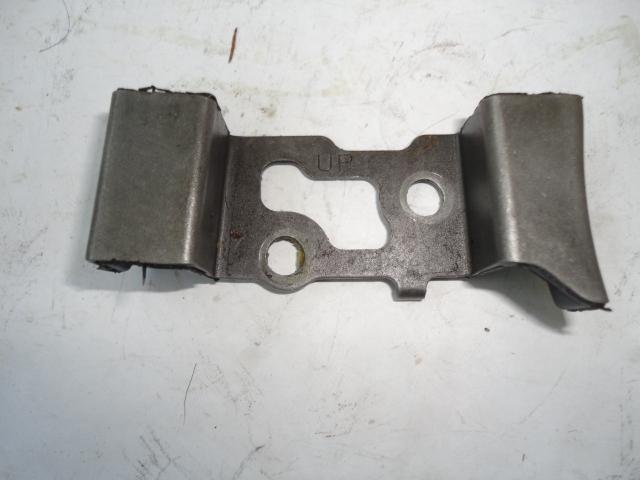 /yamaha/YZF_R1_2004_2005_2006/Двигатель: успокоитель цепи маслонасоса 5VY-13898-00-00.